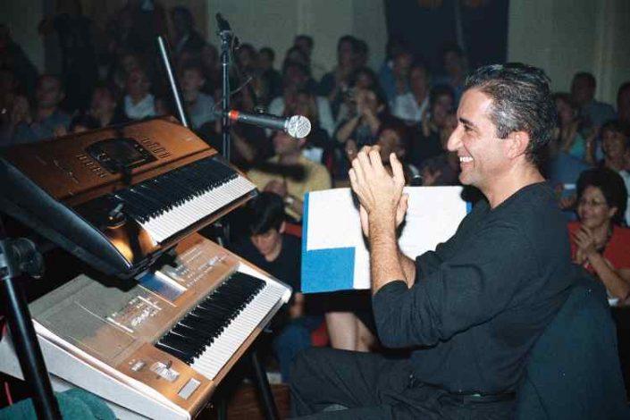 Lucho González escenario